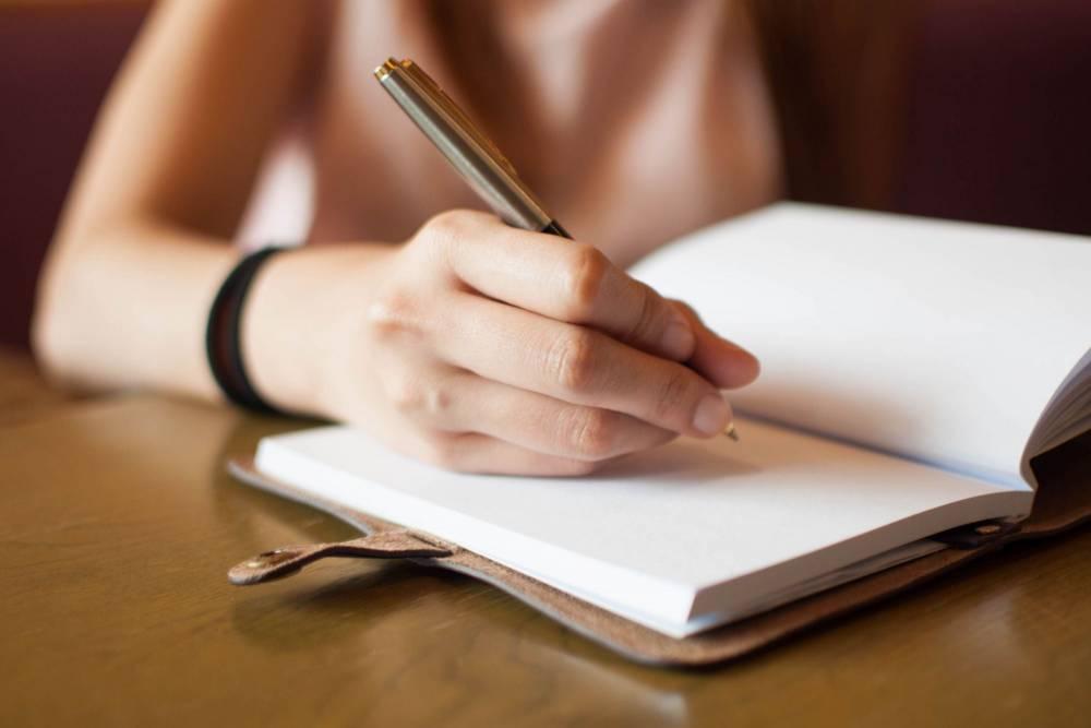 چگونه عنوان مقاله و پایان نامه را انتخاب کنیم